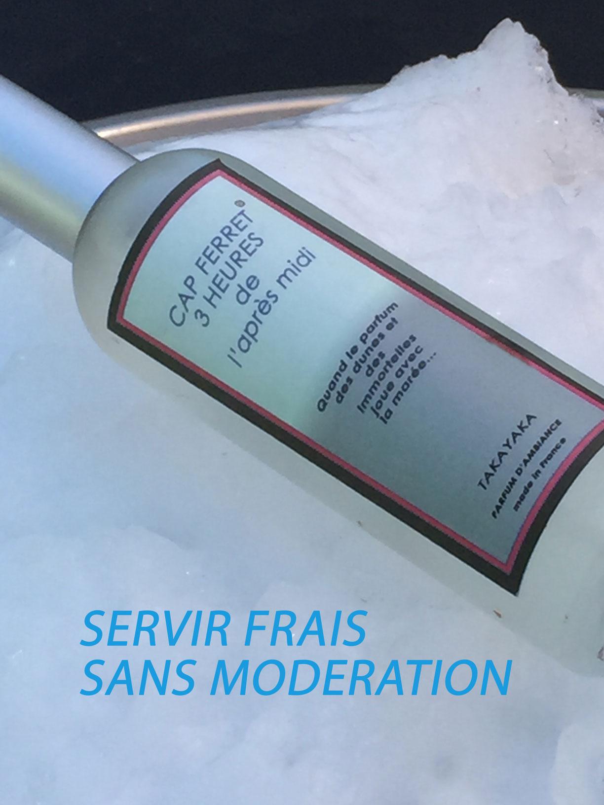 CAP FERRET 3H DE L'APRÉS MIDI est une création de TAKAYAKA signée Monique FIESCHI mise en bouteille dés 2012 il est le parfum préféré des surfeurs